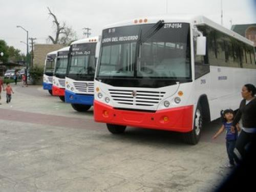 Crearán nueva ruta de buses con 8 camiones nuevos climatizados